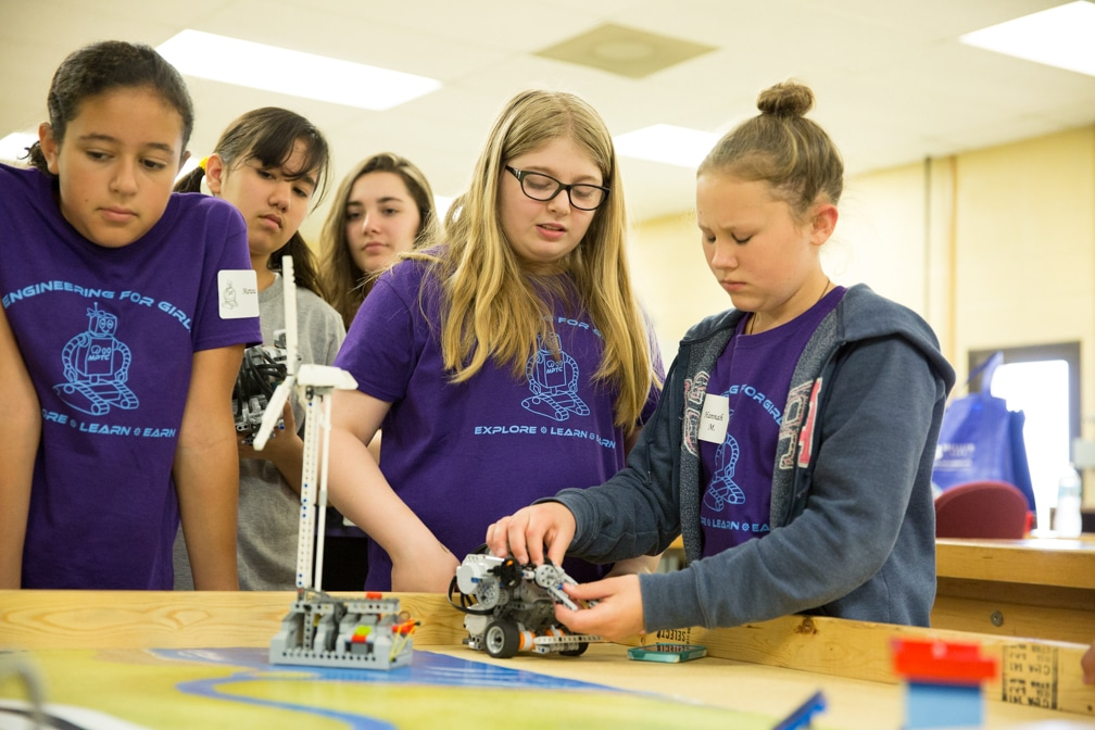 Engineering for Girls 2016 - Demos - WEB-19