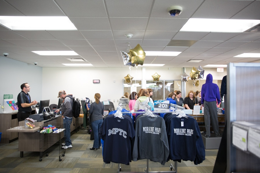 bookstore-fdl-grand-reopening-web-2