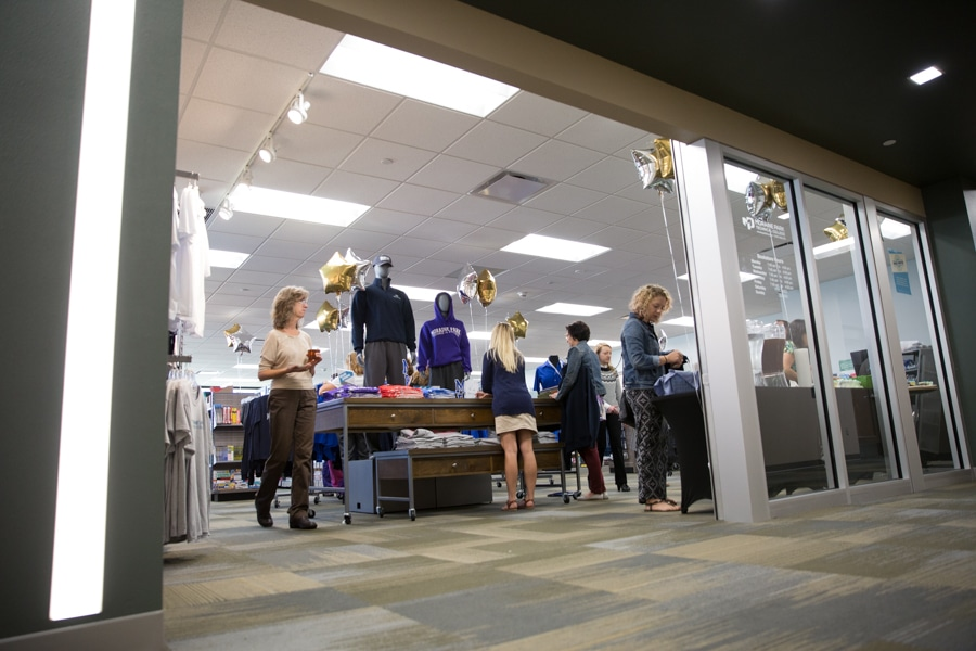 bookstore-fdl-grand-reopening-web-7