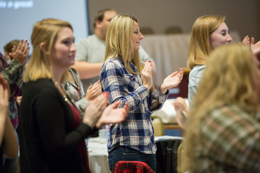 Moraine Park Fall leadership conference with students clapping
