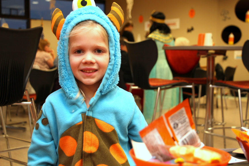 west-bend-childrens-halloween-party-2016-web-115