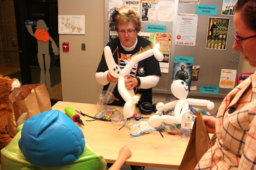 Halloween balloon artist at Moraine Park West Bend campus