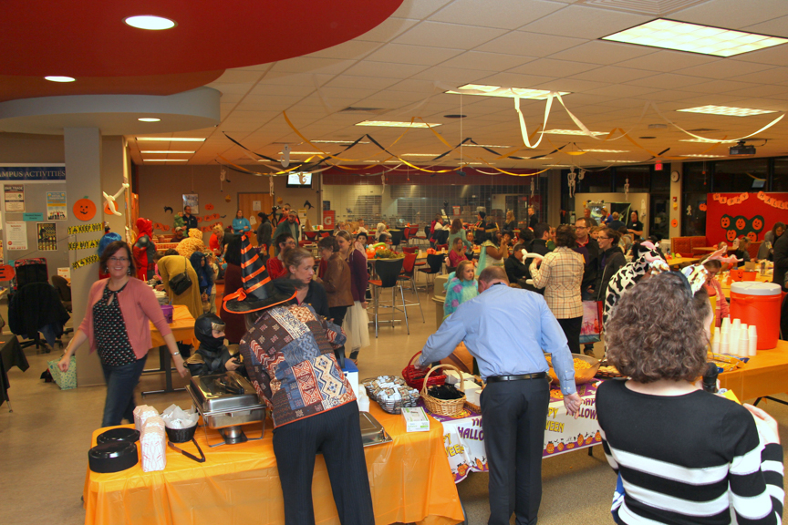 west-bend-childrens-halloween-party-2016-web-135