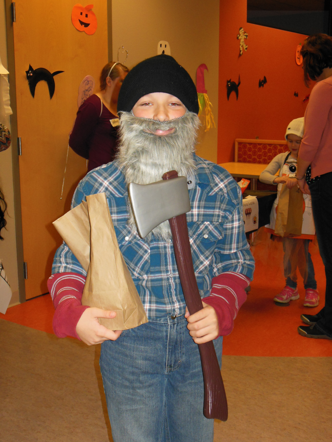west-bend-childrens-halloween-party-2016-web-152