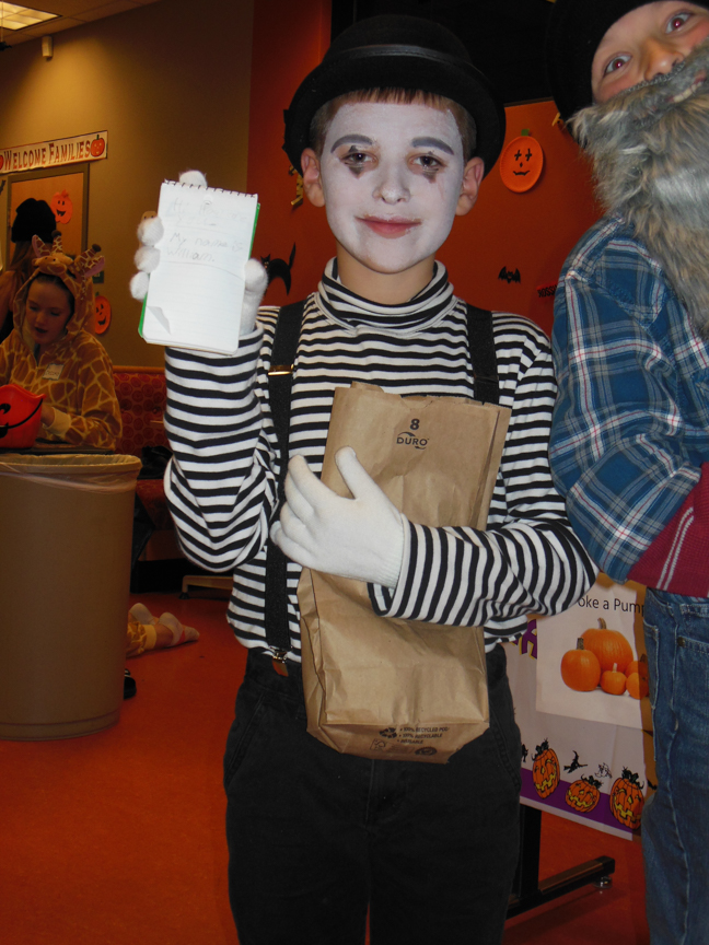 west-bend-childrens-halloween-party-2016-web-155