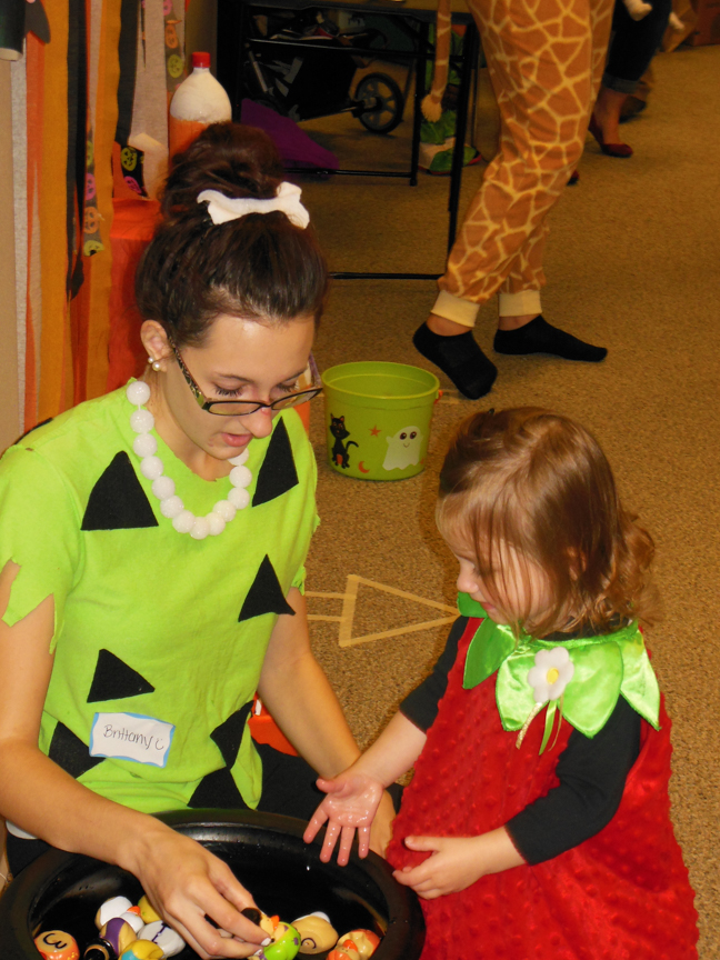 west-bend-childrens-halloween-party-2016-web-216