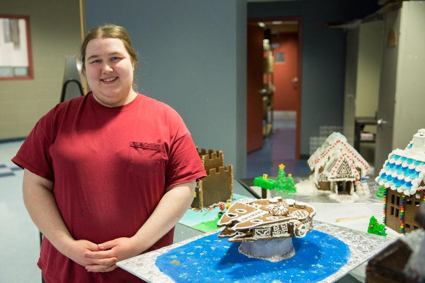 culinary-gingerbread-houses-december-2016-web-19