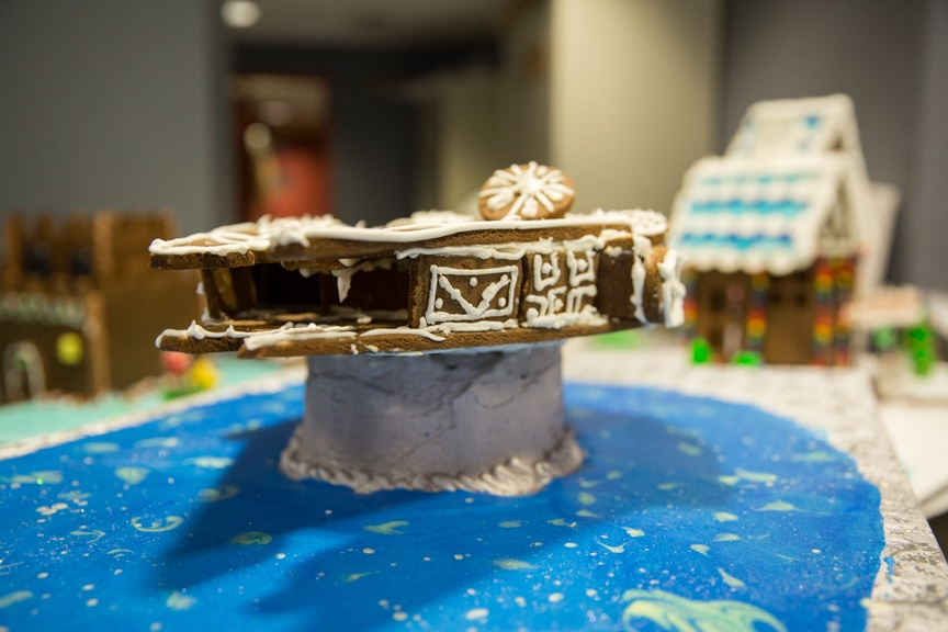 culinary-gingerbread-houses-december-2016-web-5