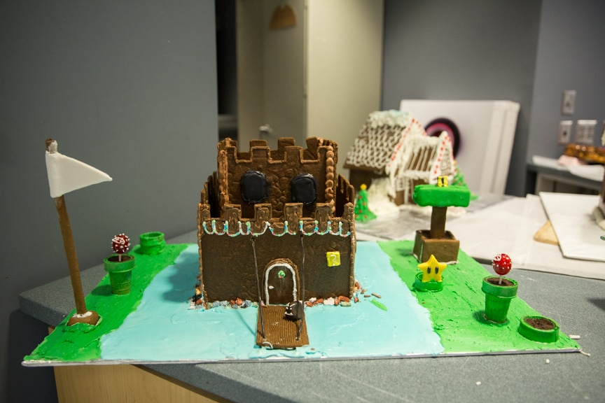 culinary-gingerbread-houses-december-2016-web-7