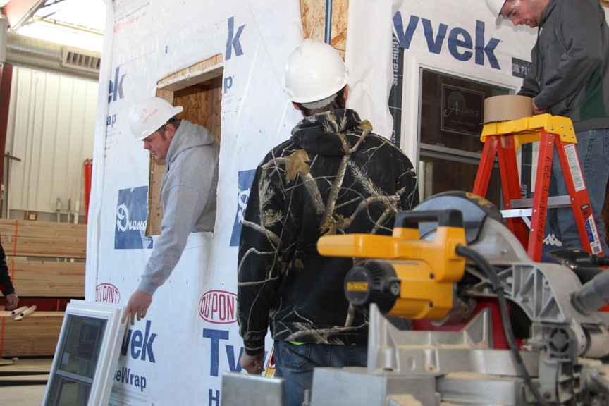 Apprentices work on building for veterans