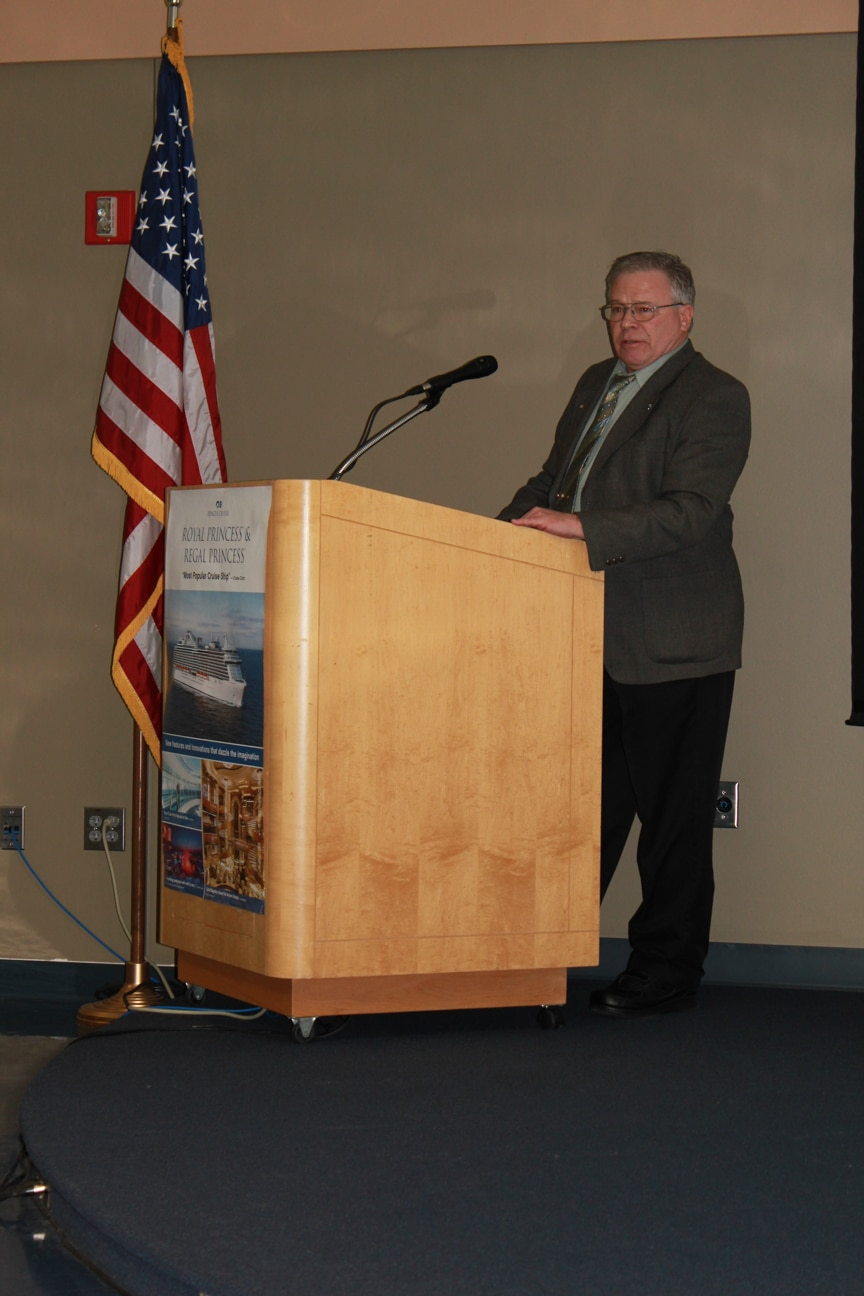 Tom Hostad speaking at Career & Tech Ed event