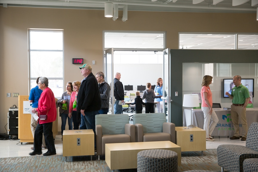 Moraine Park Open House attendees touring campus