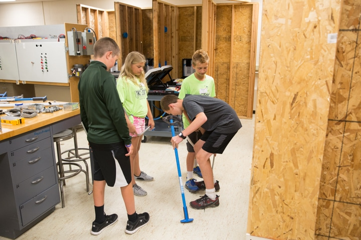 Youth gather in electricity class at Moraine Park Tech Knowledge College