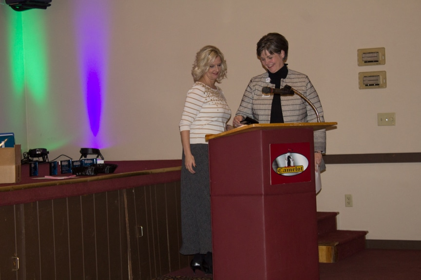 MPACTE President Marla Werner presents the Business Award to Tammy Pitts of Agnesian/SSM