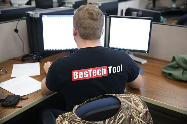 Jacob Reck in BesTech Tool shirt.