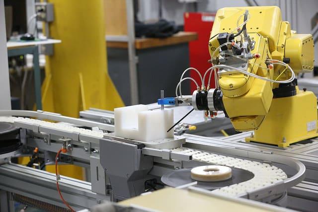 Machine manufacturing pen