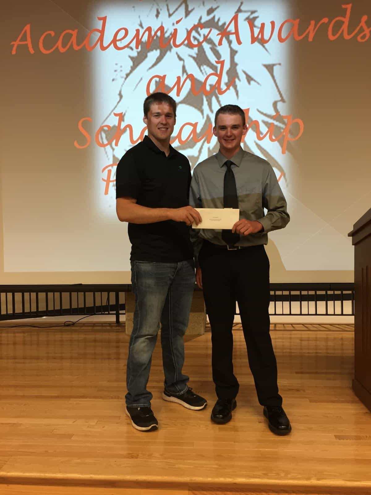 Zach prunty receives scholarship.